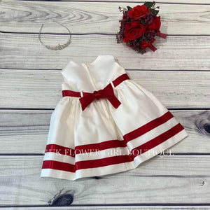 Back of the red and white dress