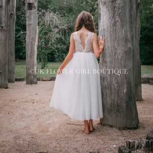 Picture of girl stood at tree