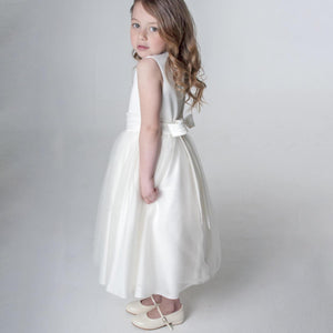 Girl in white flower Girl ress