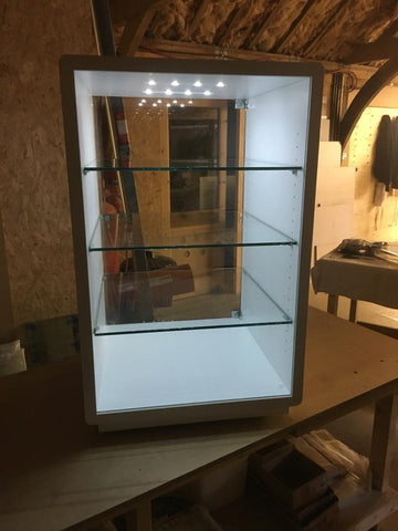 Single Hi Fi Rack with transparent glass shelves in white wood