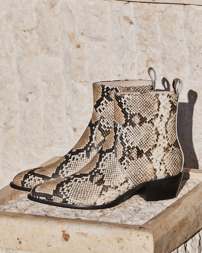 sonic boot - snake leather