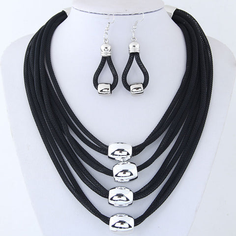 BLACK MESH NECKLACE EARRING SET