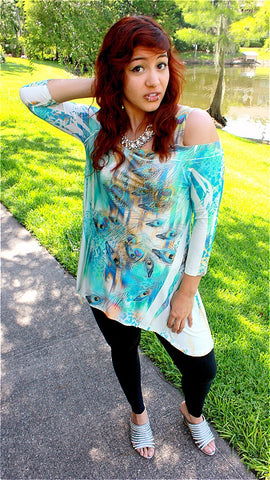 COLD SHOULDER TURQUOISE PEACOCK 3/4 SLEEVE TOP
