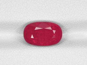 8800466-oval-intense-red-with-a-slight-pinkish-hue-igi-tanzania-natural-ruby-3.18-ct