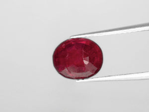 8800445-oval-pigeon-blood-red-igi-burma-natural-ruby-1.75-ct