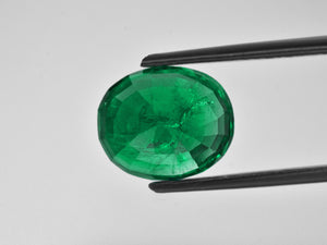 8801065-oval-deep-green-grs-zambia-natural-emerald-7.11-ct