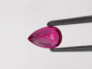 8800377-pear-lustrous-pinkish-red-igi-mozambique-natural-ruby-1.02-ct