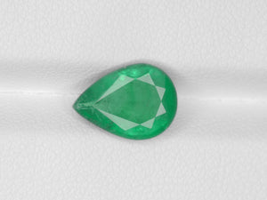 8800567-pear-velvety-green-zambia-natural-emerald-2.33-ct