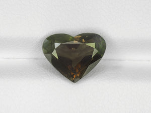 8800144-heart-brownish-green-changing-to-brownish-purplish-red-gia-madagascar-natural-alexandrite-3.67-ct