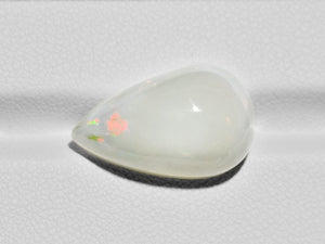 8801105-cabochon-yellowish-white-with-green-&-orange-flashes-gii-ethiopia-natural-white-opal-11.35-ct
