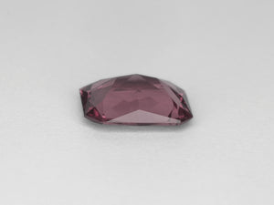 8800017-octagonal-intense-purplish-pink-igi-sri-lanka-natural-spinel-3.03-ct