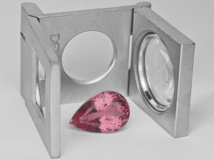 8800018-pear-lustrous-intense-pink-igi-sri-lanka-natural-spinel-4.21-ct