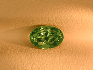 8800100-oval-fiery-green-igi-russia-natural-alexandrite-1.26-ct