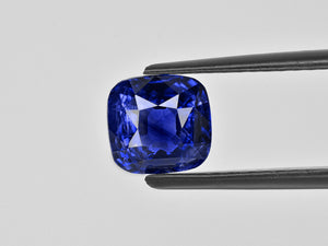8801164-cushion-royal-blue-gia-grs-madagascar-natural-blue-sapphire-3.10-ct