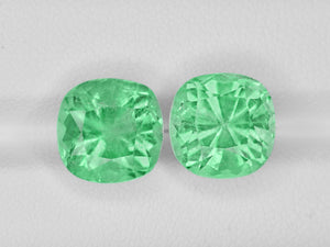 8801276-cushion-lustrous-pastel-green-grs-colombia-natural-emerald-10.59-ct