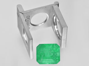 8801286-octagonal-intense-green-grs-colombia-natural-emerald-15.27-ct