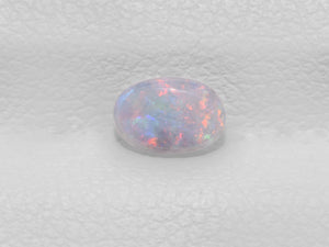 8801439-cabochon-grey-with-multi-color-flashes-igi-australia-natural-white-opal-0.32-ct