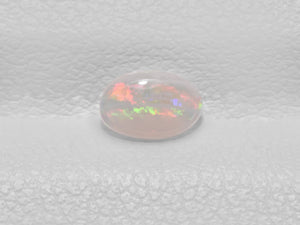 8801441-cabochon-very-light-brown-with-multi-color-flashes-igi-australia-natural-white-opal-0.24-ct
