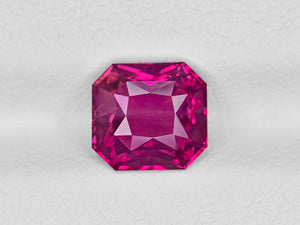 8801901-octagonal-fiery-rich-purplish-pink-gia-sri-lanka-natural-pink-sapphire-2.60-ct