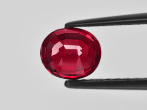 8801400-oval-vivid-pigeon-blood-red-grs-mozambique-natural-ruby-2.03-ct