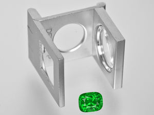 8801369-cushion-fiery-vivid-green-gia-kenya-natural-tsavorite-garnet-3.18-ct