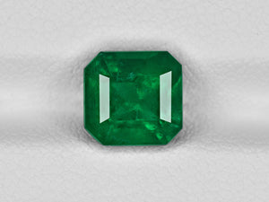 8801424-octagonal-rich-velvety-royal-green-grs-colombia-natural-emerald-2.35-ct