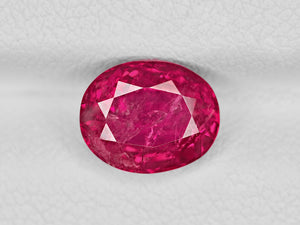8802193-oval-fiery-vivid-pinkish-red-igi-burma-natural-ruby-2.68-ct