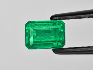 8801965-octagonal-lively-neon-green-grs-colombia-natural-emerald-0.91-ct