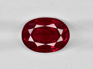 8802046-oval-pigeon-blood-red-igi-madagascar-natural-ruby-4.10-ct