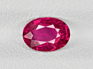 8802032-oval-rich-intense-pinkish-red-igi-mozambique-natural-ruby-1.05-ct