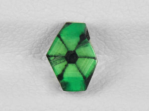8802149-cabochon-intense-green-with-black-spokes-igi-colombia-natural-trapiche-emerald-0.74-ct