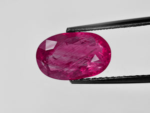 8802600-oval-rich-pinkish-red-gii-burma-natural-ruby-6.21-ct