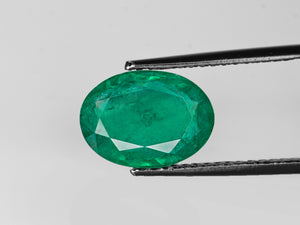 8802913-oval-intense-green-zambia-natural-emerald-4.68-ct