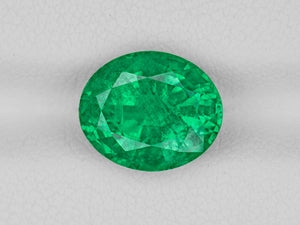 8802918-oval-fiery-vivid-intense-green-igi-zambia-natural-emerald-3.39-ct