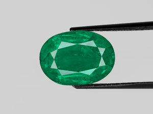 8802975-oval-deep-green-gii-zambia-natural-emerald-5.47-ct