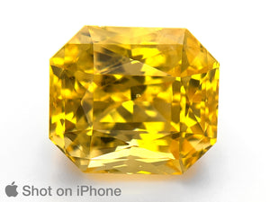 8803194-octagonal-fiery-intense-vivid-yellow-grs-sri-lanka-natural-yellow-sapphire-15.10-ct