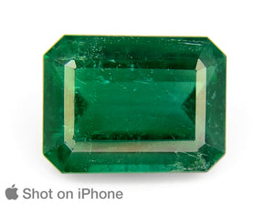 8803197-octagonal-intense-royal-green-grs-zambia-natural-emerald-4.25-ct