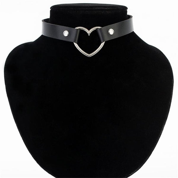 Heart Studded Choker Necklace Vintage Charm