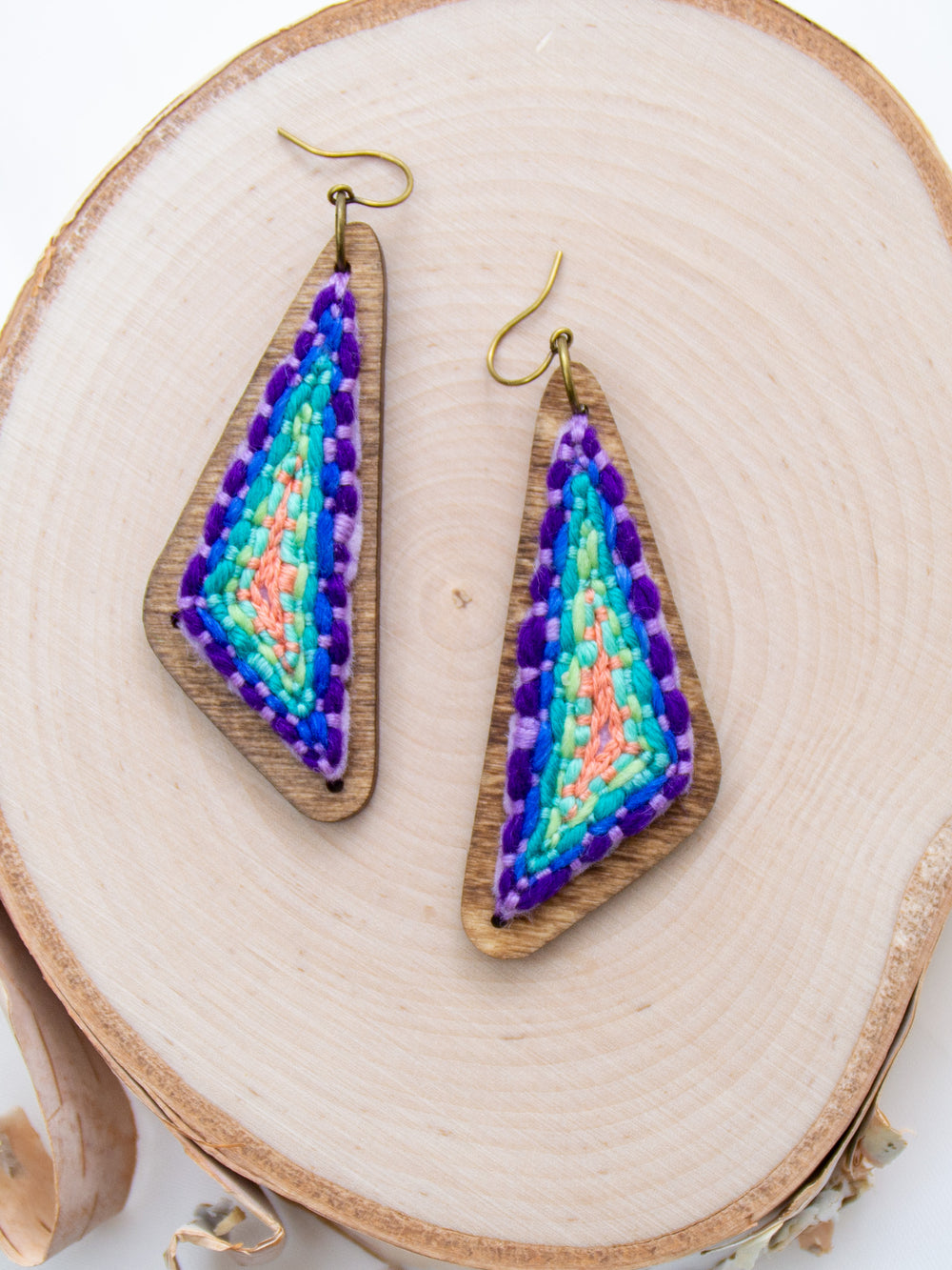 Dark Rainbow Swingy Triangles