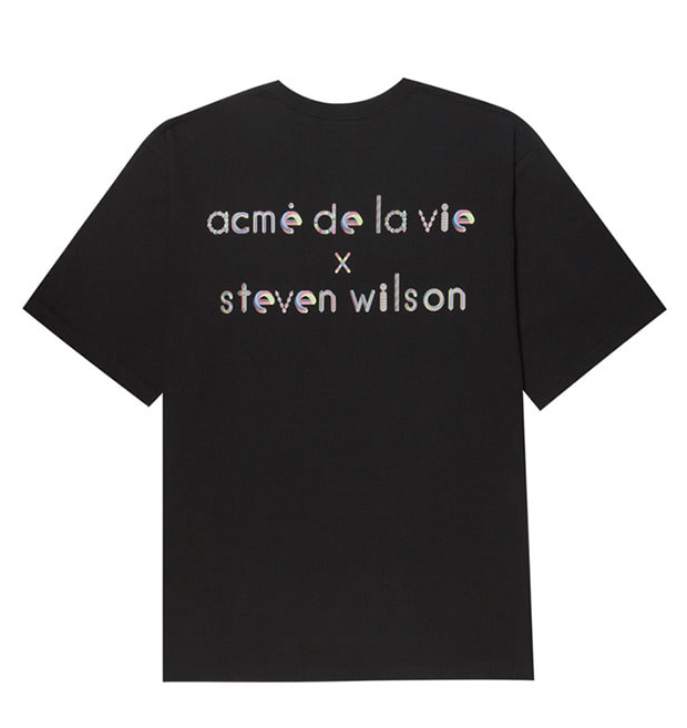 アクメドラビ(acme' de la vie) ADLV X Steven Willson ALPHABET SHORT SLEEVE T-SHIRT (ブラック)