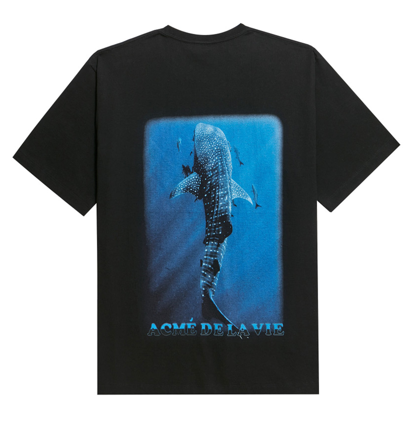 アクメドラビ(acme' de la vie) ADLV DIGITAL PRINTING SHORT SLEEVE T-SHIRT WHALE SHARK BLACK