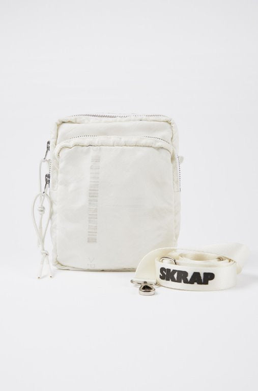 スクラップ(SKRAP) AIR small bag Off white