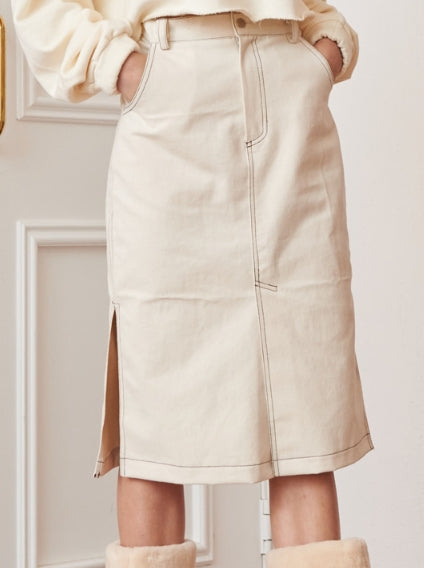 サーティーンマンス(13MONTH)  STITCH SIDE SLIT SKIRT (IVORY)