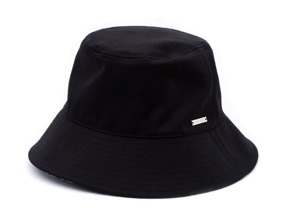 ブラックブロンド(BLACKBLOND) BBD Graffiti Logo Reversible Plate Bucket Hat (Black)