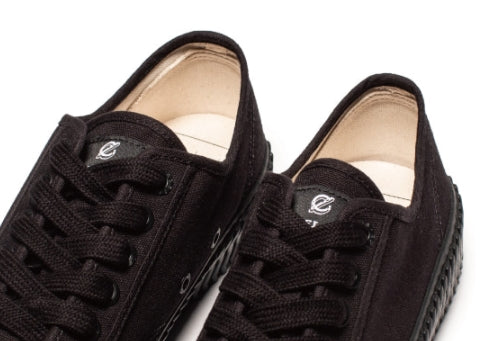 エクセルシオール(EXCELSIOR) BOLT LOW_CARBON BLACK / BLACK