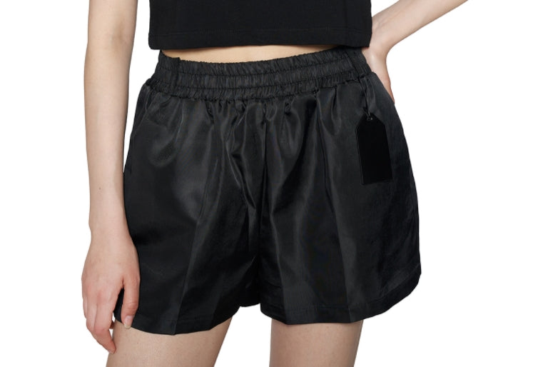 レイブレス(LABELESS)  Black signature leather label nylon shorts