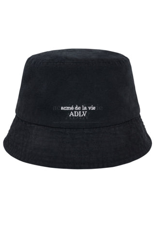 アクメドラビ(acme' de la vie)   BASIC LOGO WASHING BUCKET HAT BLACK