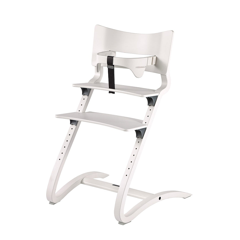 Leander High Chair with safety bar in white