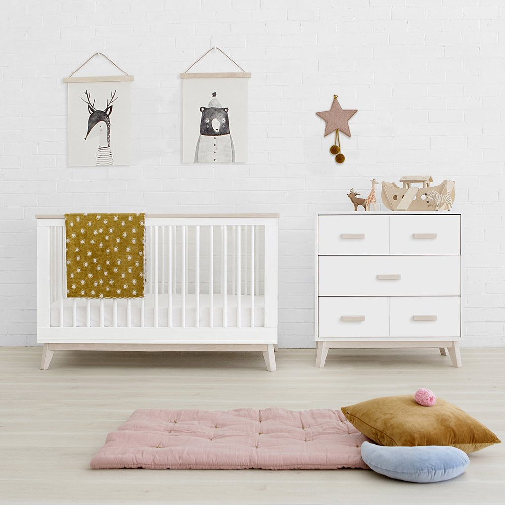 Babyletto - Scoot 3 in 1 Cot - White with Washed Natural Trim