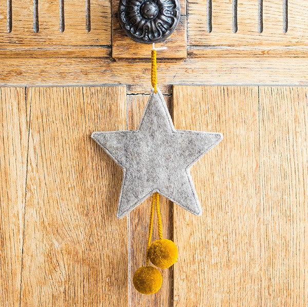 Muskhane Handmade Felt Hanging Star With Pompons - Grey